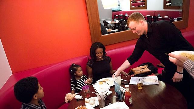 Malia y su familia, residentes of Jamaica Plain, Boston fueron nominados para un momento familiar que nunca olvidarán.