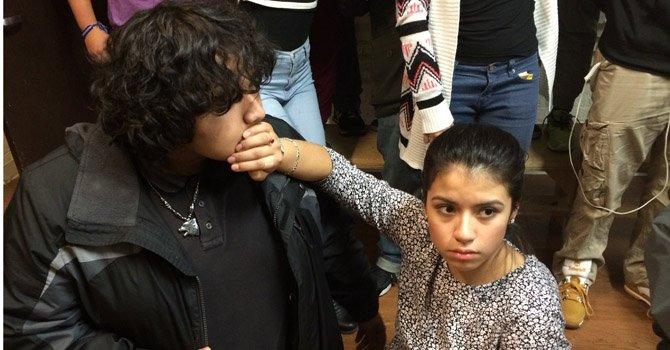 Obra teatral en DC es voz de jóvenes hispanos