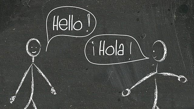 Yo soy fruto de ese esfuerzo y soy consciente de las muchas puertas que me ha abierto hablar dos lenguas.