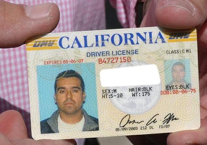 California hizo lo que debería hacer Massachusetts: Otorgar licencias de conducir a inmigrantes indocumentados
