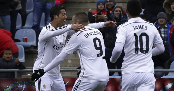 Benzema y CR7 lideran al Real Madrid