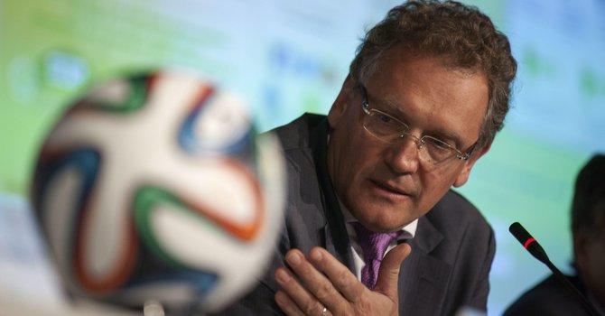 FIFA anuncia $100 millones para Brasil