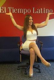 Stefani Gamboa en las oficinas de El Tiempo Latino, en The Washington Post building, durante una entrevista en enero de 2015