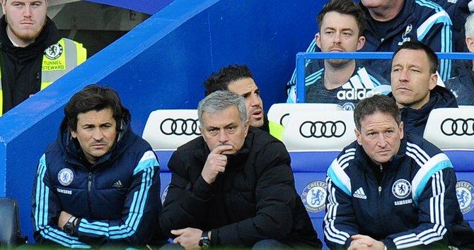 "Mourinho: ""estoy avergonzado de perder con Bradford"""
