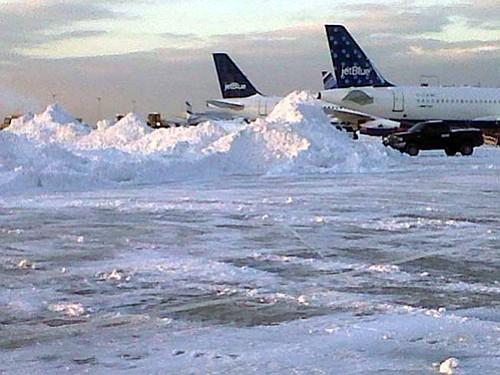 Avión de JetBlue con destino a República Dominicana retornó a Boston por mal olor