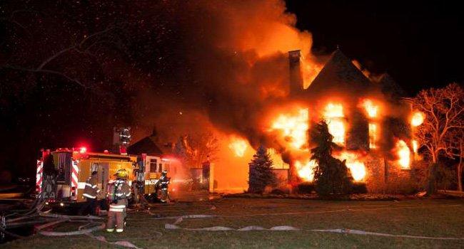 Buscan sexta víctima de incendio en Annapolis