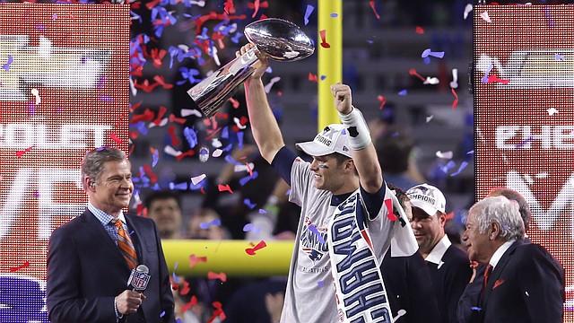 Con la sanción al mariscal de campo de los Patriots de Nueva Inglaterra, Tom Brady, queda en duda la legitimidad del título de ese club en el último Super Bowl.