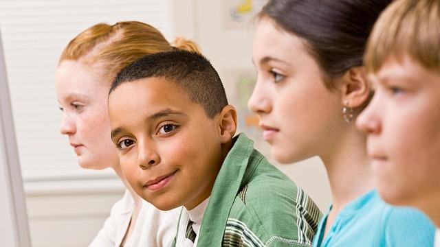 Una lengua es una cultura y para saber esto no hacen falta estudios que lo demuestren. Si a un niño, desde pequeño, se le expone a otras lenguas, también se le expone a otras culturas.