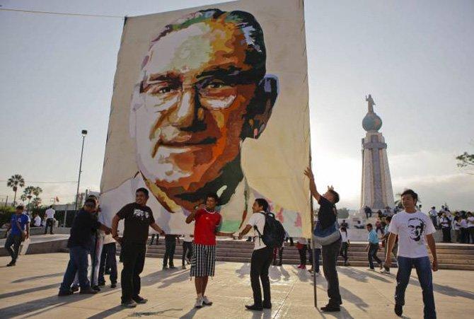 Monseñor Romero, mártir, será beatificado
