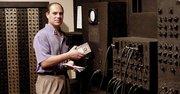 COMPUTADORA. En el año 2000 en la Universidad de Pensilvania con el histórico ENIAC.