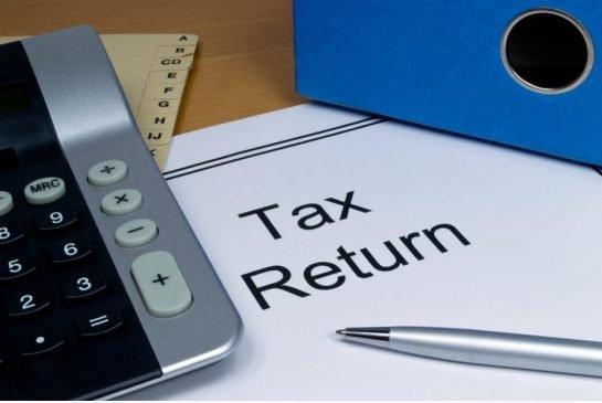 IRS advierte retrasos en reembolsos de impuestos para ciertas personas