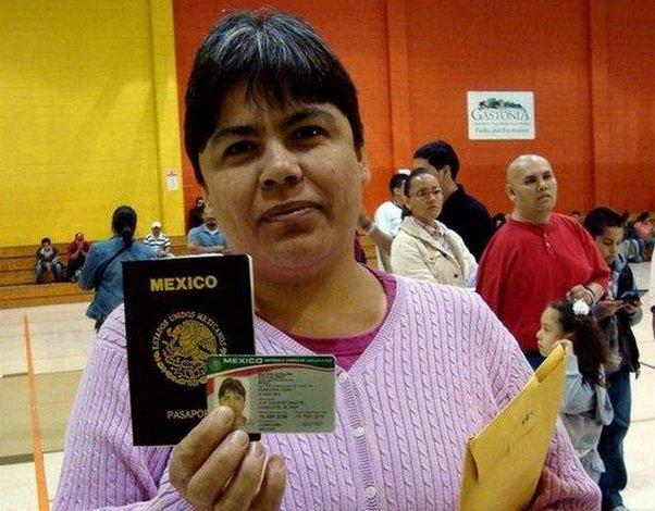 Niños nacidos en EE.UU. que viven en México necesitan documentos