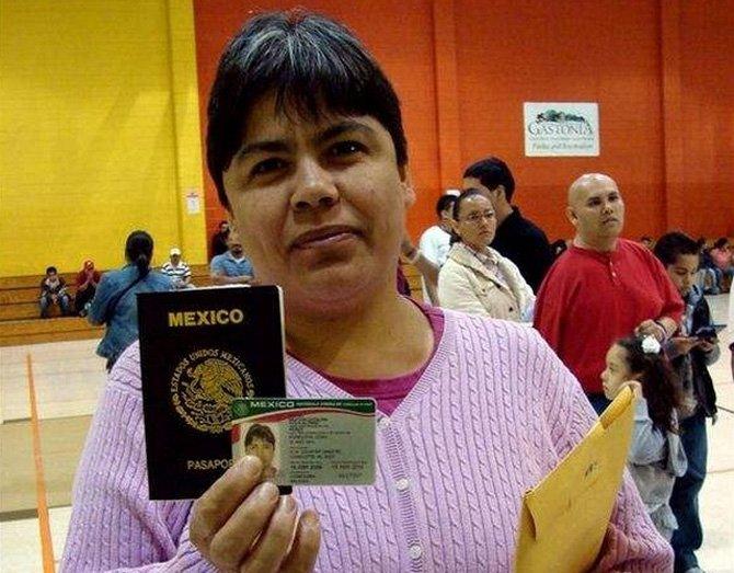 Niños nacidos en EE.UU. que viven en México necesitan documentos ...
