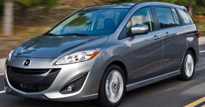 Mazda5 2015: Un familiar versátil