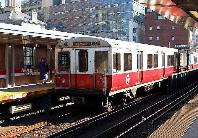 MBTA registró un récord en el número de pasajeros en 2014