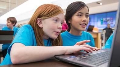 BOSTON: Microsoft ofrece taller para que jóvenes aprendan a diseñar APPS