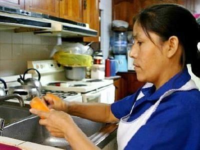 Ya entró en vigencia la ley que protege empleados domésticos