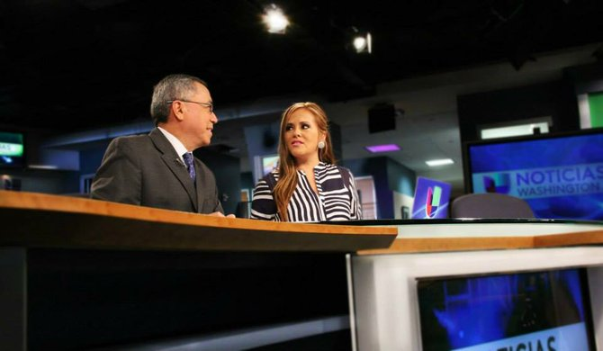 ¿Qué pasa en Univision Washington?: Claudia Uceda tampoco sigue en el noticiero
