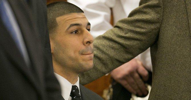 Se suicidó en prisión Aaron Hernández