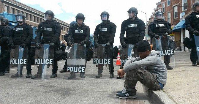 Baltimore tomada por la policía