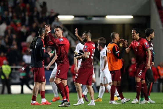Portugal derrotó a Serbia y se pone líder de su grupo en Eurocopa