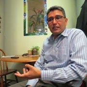 DIRECTOR. Abel Núñez del Centro de Recursos Para Centroamericanos.