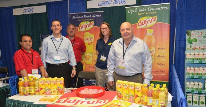 Fredy Rincán (EMD Sales) Craig Souza (Giant Foods) Andre Medina (EMD Sales) Terri Reedell (Liberty Imports) Larry Leffler (Liberty Imports)
