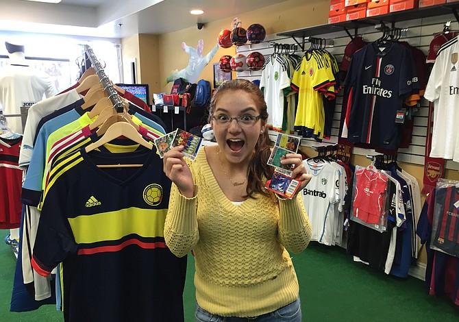 Llegó a Boston una pasión que se pega: El Álbum Panini de la Copa América 2015