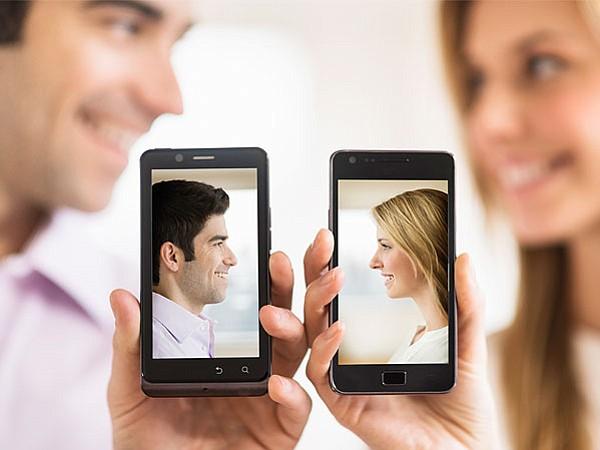 """Enfermedades sexuales incrementan por el uso de """"apps"""" para citas"""