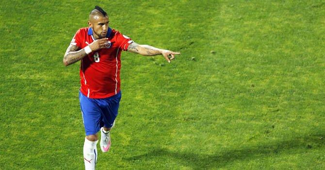 Chile vence a Ecuador 2-0 en apertura de la Copa América