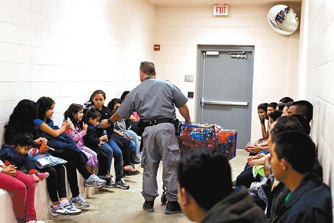 Se duplican las detenciones de niños migrantes