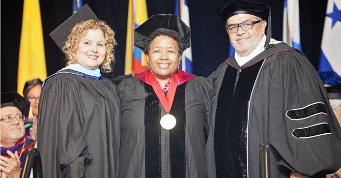 SUAGM: Más que una graduación