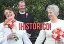 La alcaldesa Parker y su pareja, Kathy Hubbard, llevan más de dos décadas juntas, se casaron en enero de 2014 en California.