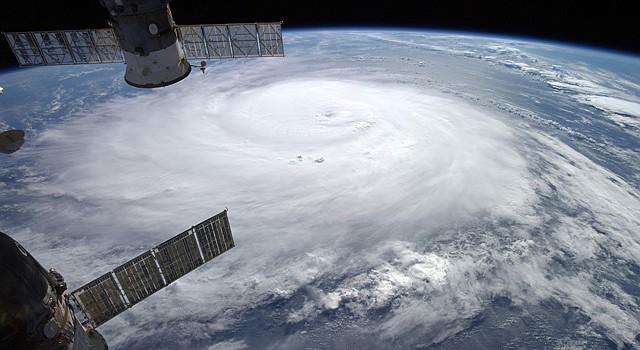 El desarrollo del sitio web de huracanes en español es de la Universidad Internacional de Florida.