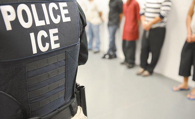 Nueva política de detenciones para inmigrantes transgénero
