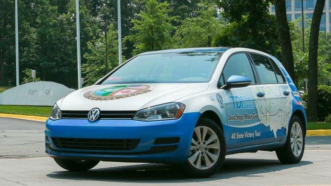 Un Volkswagen Golf TDI vate el récord Guinness