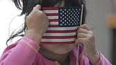 INMIGRANTES. El tema migratorio une y divide a los precandidatos presidenciales demócratas y republicanos.