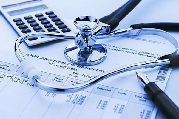 Miles en Massachusetts se quedaron sin derecho a Medicaid tras revisión estatal