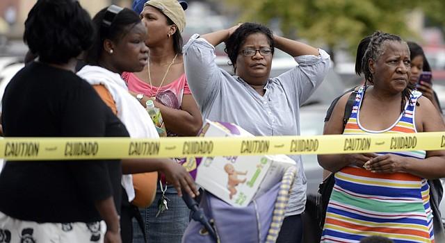 El hombre que mató a tiros este jueves a dos personas e hirió a otras nueve en un cine de la ciudad de Lafayette, en el estado sureño de Luisiana, fue identificado como John Russell Houser, de 59 años, que se suicido tras el tiroteo, informó la Policía