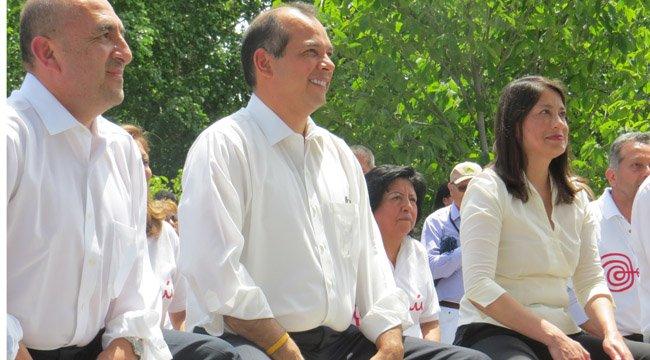 PERSONALIDADES. El doctor Elmer Huerta, reconocido médico a nivel nacional e internacional; el embajador de Perú, Luis Miguel Castilla y la cónsul Ana Cecilia Gervasi, en junio.