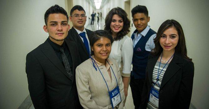 A estos jóvenes les importa el Gobierno