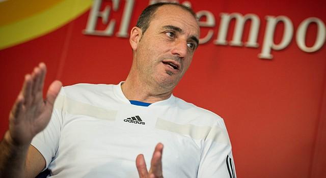 El director técnico de arqueros en la selección de fútbol de Argentina, Gustavo Piñero