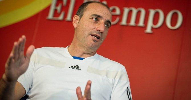 Entrenador de porteros de selección de Argentina dicta clínicas en Virginia