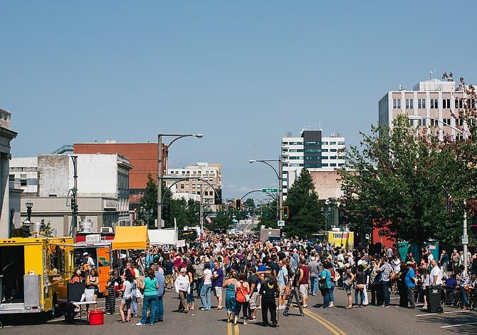 EVERETT: En septiembre llega el Village Fest con música en vivo y comida