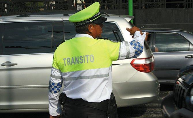Nuevo reglamento de tránsito protege al peatón