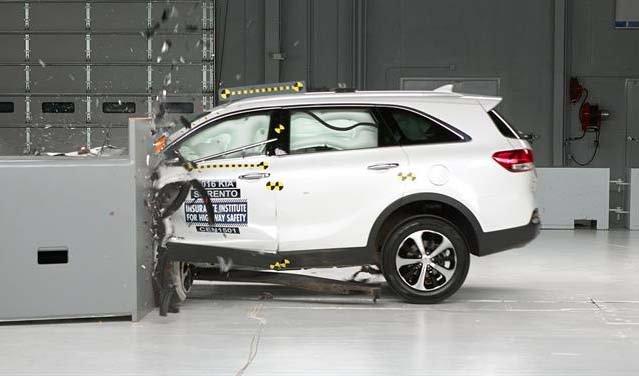 ¿Cómo saber si su auto es seguro?