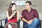 ACTORES. Elia Saldaña y Carlos Gómez, durante la conferencia de prensa, en agosto.