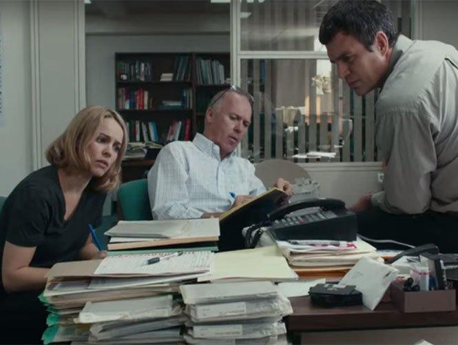 """Rachel McAdams, Michael Keaton y Mark Ruffalo protagonizan a los periodistas del Boston Globe que destaparon el escándalo dentro de un equipo de investigación, denominado """"Spotlight""""."""