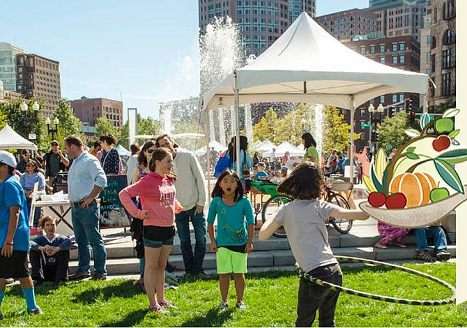DOMINGO: Llega el Local Food Festival al Greenway de Boston