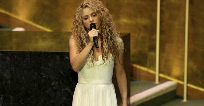 Cumbre en la ONU: Shakira pone la música, Malala la emoción